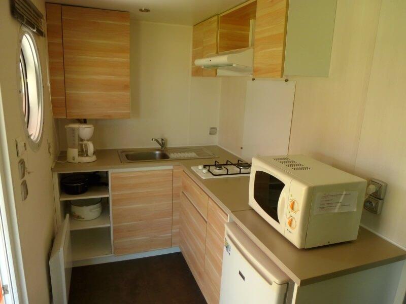 Mobilhome 2 à 4 personnes - La cuisine