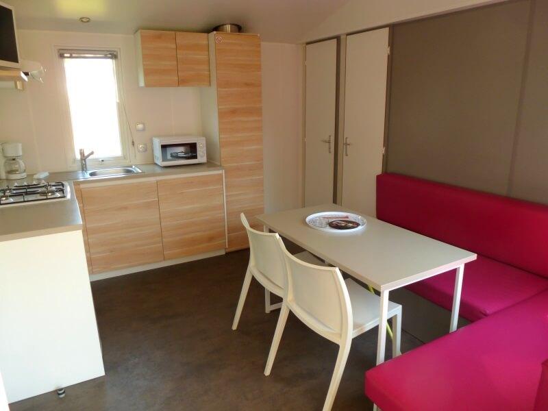 Mobilhomes 4 à 6 personnes - Salon et cuisine