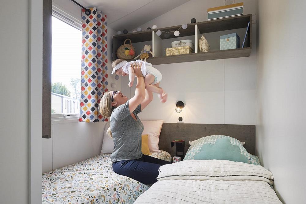Intérieur du mobilhome 8 personne chambre enfant